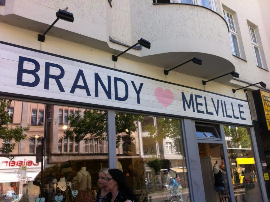 Brandy+Melville%27s+Controversial+Policy%3A+One+Size+Fits+All